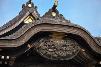 shrine_2[1].jpg